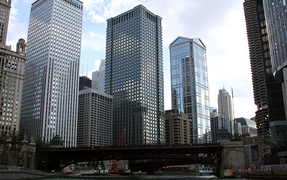 35 West Wacker Drive, Chicago, Illinois. Photo by Dan Saavedra. Leo Burnett Building